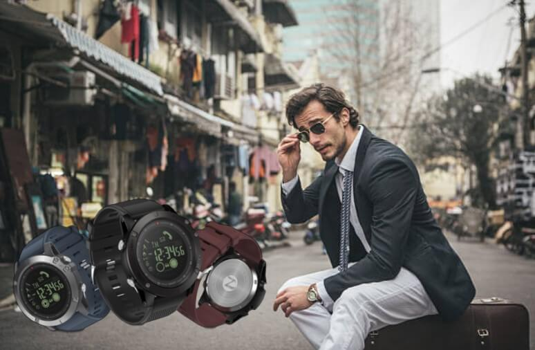 tac25 smartwatch, un uomo che viaggia