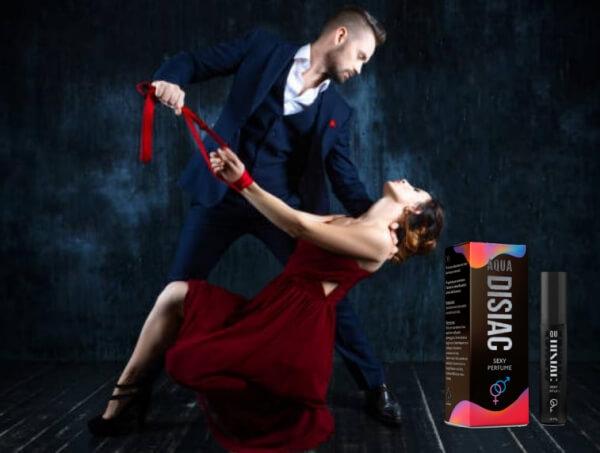 Aqua Disiac, uomo che seduce la donna con la danza