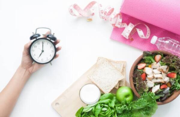 regime alimentare, salad, clock