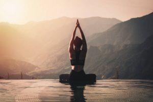 Riduci lo stress con yoga e meditazione